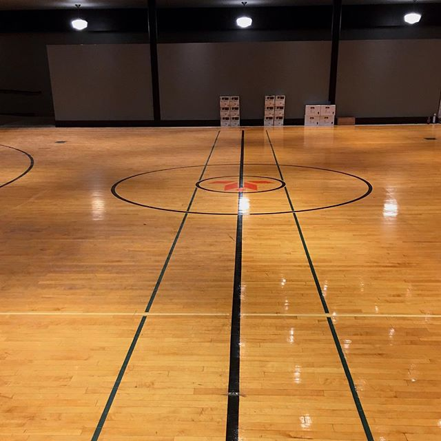 pallmann_gene Clean Strong □!! Half of this gym/ ballroom at the Hotel Grinnell was cleaned with Clean Strong ( Right side Clean Strong- left side, dirt and debris from building trades) Brett Emehiser of Hizer Pro Flooring. Bam! □ #pallmann #pallmann96 #pallx96 #pallx98 #pallx98gold #magicoil #pallmann333 #pallxzero #hotelgrinnell